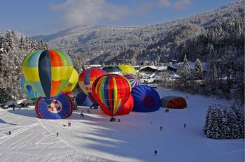 montgolfiades-carroz.jpg